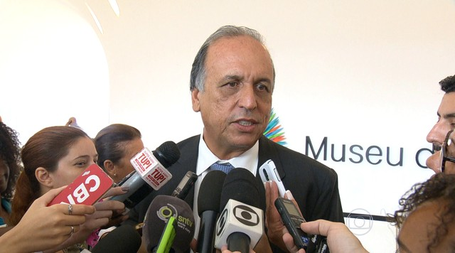 Justiça do RJ nega pedido de empréstimo de Pezão