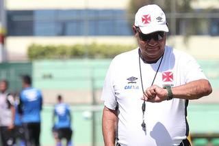 joel santana vasco treino (Foto: Marcelo Sadio / vasco.com.br)