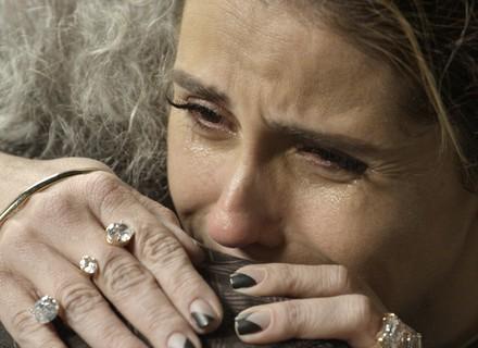 Atena desaba em lágrimas e se culpa pelo 'fim' de Romero