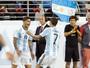 Análise: pressão e parceria Di María-Banega resolvem jogo para Argentina