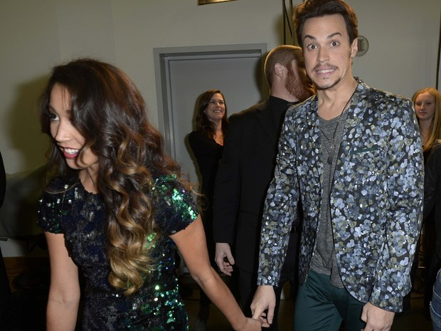 Alex e Sierra em festa do 'The X Factor' em Los Angeles, nos Estados Unidos (Foto: Kevork Djansezian/ Reuters)