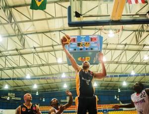 Jefferson São José Basquete Pioneros (Foto: Divulgação/FIBA)