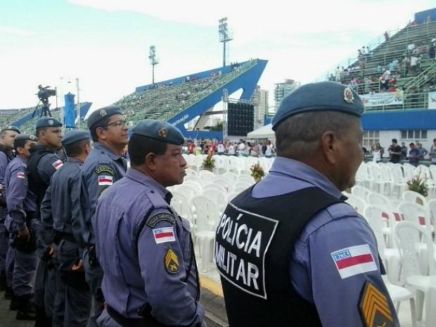 Um efetivo de 200 PMs participa da operação (Foto: Divulgação/PM-AM)