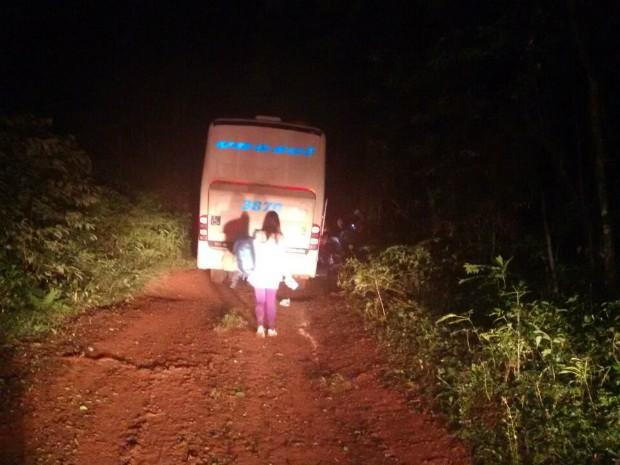 ônibus unesul assalto rs (Foto: Divulgação/CRBM)