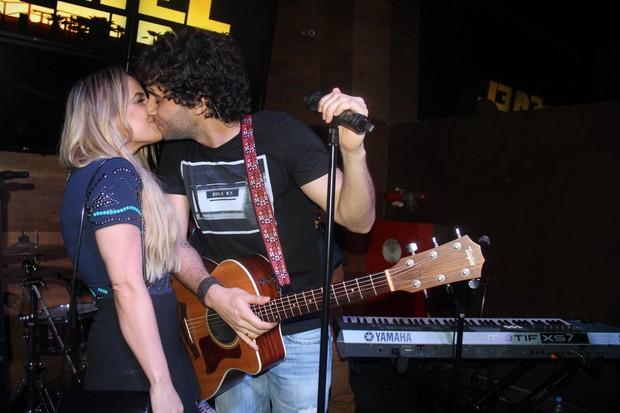 Rafael Almeida e Maria Fernanda (Foto: William Oda  / AgNews)