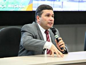 Secretário de Justiça confirmou prisão no Amazonas  (Foto: Isis Capristrano/G1 AM)