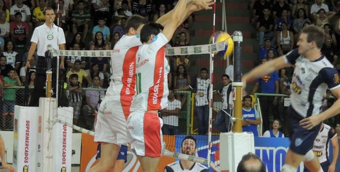 Montes Claros vence Campinas e segue na Superliga (Foto: Fredson Souza/MCV)