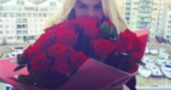 Fiorella sopra velinhas e Pato manda rosas para sua amada (Reprodução/Instagram)