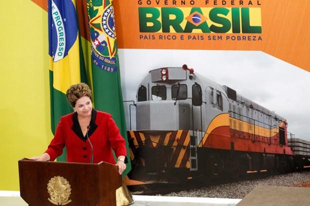 Presidente Dilma Rousseff durante evento em que anunciou concessões para o setor de transportes (Foto: Roberto Stuckert Filho/PR)