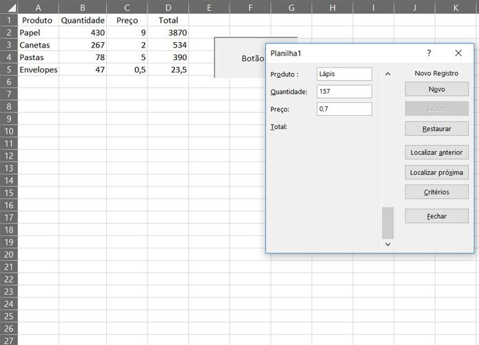 O botão que você criou vai rodar o módulo criar_form sempre que acionado. Isso permite simplificar o preenchimento de dados da sua planilha (Foto: Reprodução/Filipe Garrett)