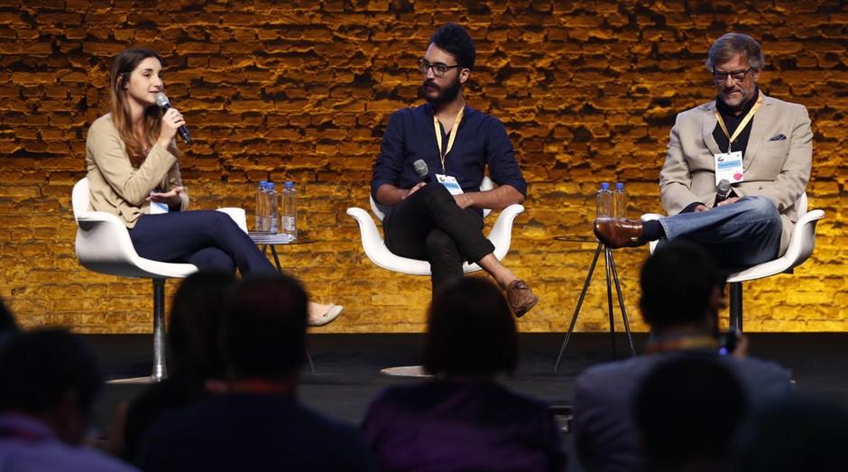 Anna de Souza Aranha, do Instituto Quintessa, Gustavo Fuga, da 4You2, e Leopoldo Figueiredo, também do Quintessa, no Festival de Cultura Empreendedora (Foto: Ricardo Cardoso)