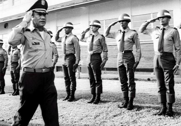 Foto de arquivo do ditador panamenho Manuel Antonio Noriega em 1985 (Foto: Ezra Ángel/EFE)