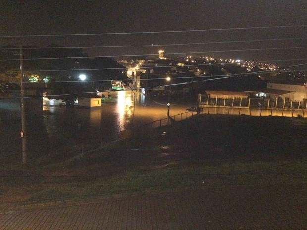 Chuva deve continuar nos próximos dias no Vale do Paraíba e região (Foto: Emilyn Pinheiro/ Vanguarda Repórter)