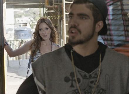 Ximena larga Gabo e vai atrás de Grego