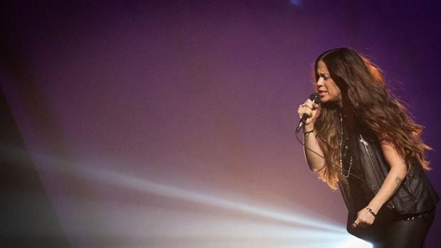 A cantora canadense Alanis Morissette durante sua apresentação neste domingo em São Paulo, onde fez o primeiro dos oito shows de sua nova turnê pelo Brasil (Foto: Caio Kenji/G1)