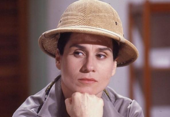 Vera Holtz marcou época como a caçadora de vampiros de Vamp, em 1991 (Foto: Reprodução/ TV Globo)