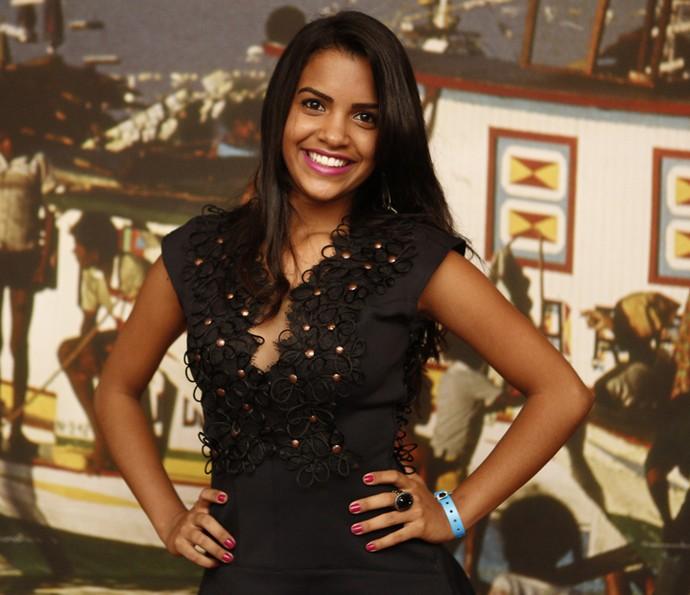 Ana Raysa estreia em 'Velho Chico' como Isabel na segunda fase; ela será filha de Luzia e Santo, vividos por Lucy Alves e Domingos Montagner (Foto: Inacio Moraes/ Gshow)