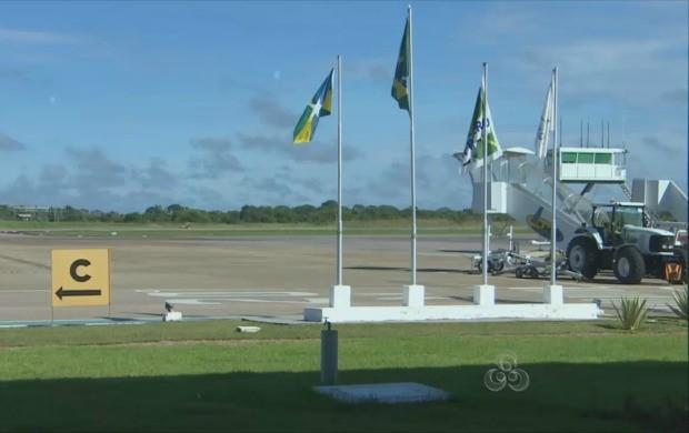Pousos foram normalizados logo no início da manhã (Foto: Rondônia TV)