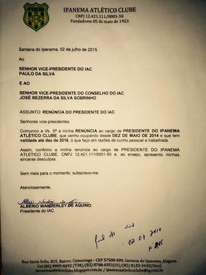 Carta de renúncia de Alberio Wanderley, ex-presidente do Ipanema (Foto: Arquivo pessoal/Albério Wanderley)