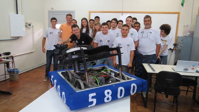 Alunos catarinense irão participar de competição da Nasa (Foto: Elizeu Oliveira de Souza/Divulgação)