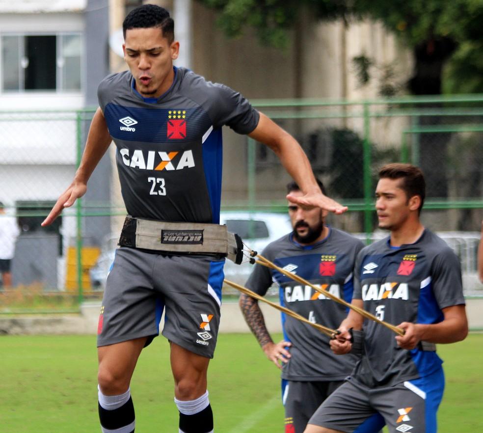 Gilberto e Jean em treinamento do Vasco (Foto: Carlos Gregório Jr)