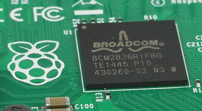Raspberry Pi 2 manteve o preço e ganhou processador quad-core (Foto: Reprodução/The Register)