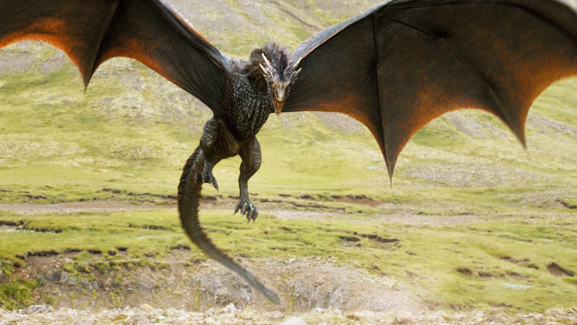 Viserion antes de morrer (Foto: Reprodução/ HBO)