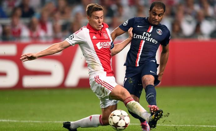 Lucas Moura - lance de jogo PSG x Ajax (Foto: AFP)