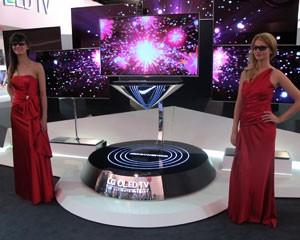 Um dos grandes destaques da TV, diz a companhia, é a tecnologia WRGB, que adiciona o branco à tradicional combinação RGB (Foto: Amanda Demetrio/G1)