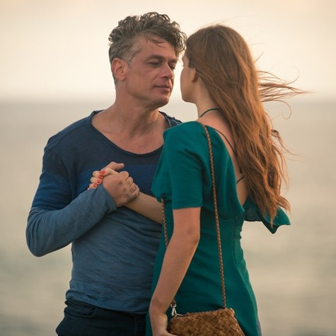 Arthur (Fábio Assunção) e Eliza  (Marina Ruy Barbosa) (Foto: TV Globo)
