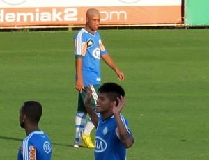 Diego Souza treino Palmeiras (Foto: Gustavo Serbonchini)