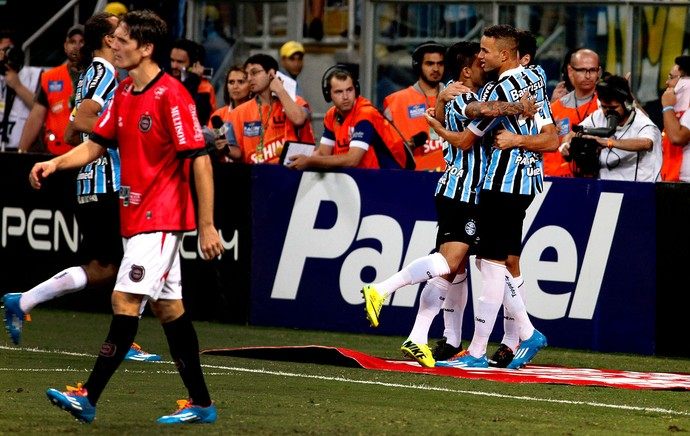 Luan grêmio gol  brasil de pelotas  (Foto: Wesley Santos / Pressdigital)