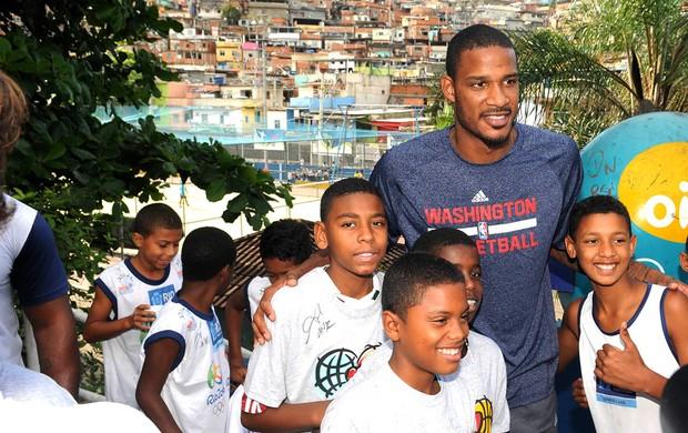 Clínica NBA Morro do Alemão (Foto: Andre Durão)