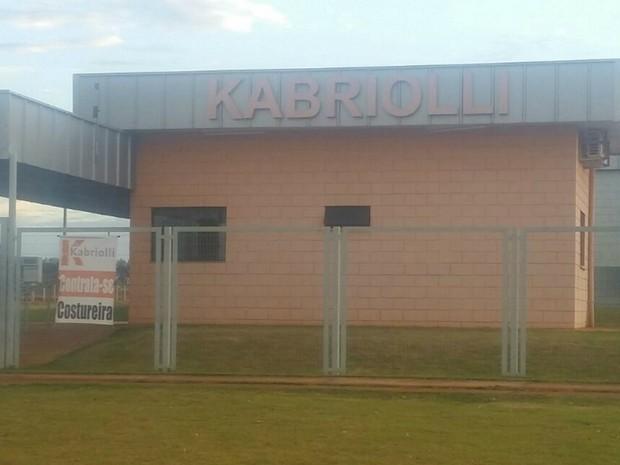 Indústria de confecção com vagas abertas em Campo Grande (Foto: Juliene Katayama/G1 MS)