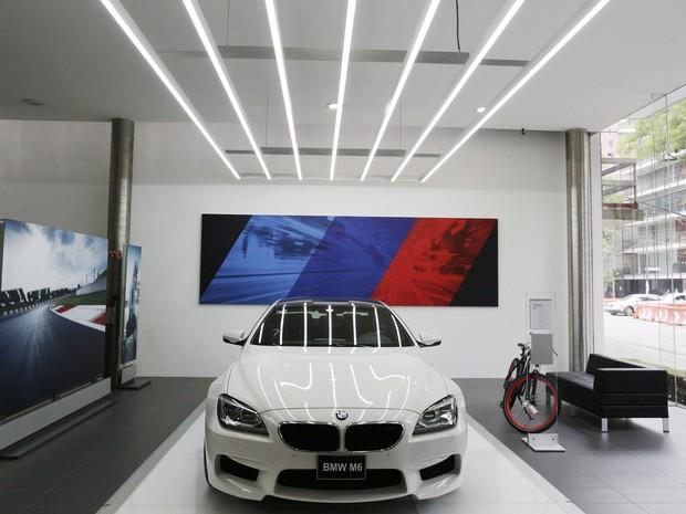 Concessionária BMW na Cidade do México (Foto: Carlos Jasso/Reuters)