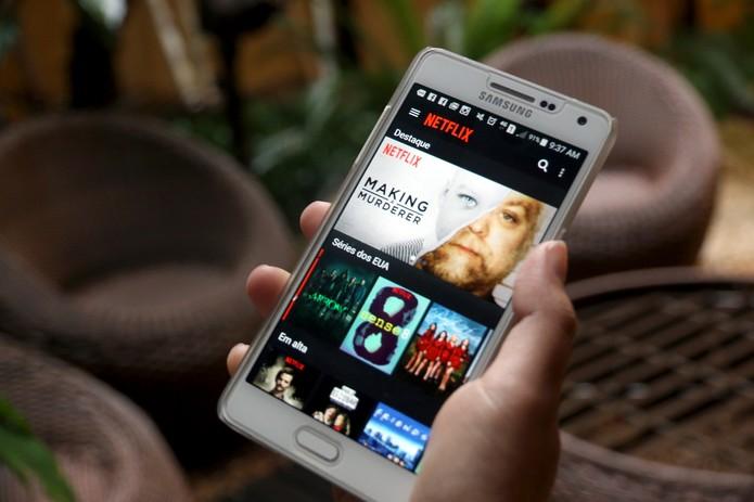 Netflix no smartphone (Foto: Carolina Ochsendorf/TechTudo)