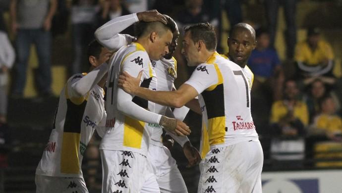 Gol Criciúma x Bahia (Foto: Fernando Ribeiro/www.criciumaec.com.br)