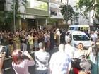Corpo de José Wilker deixa o velório em teatro na Zona Sul do Rio