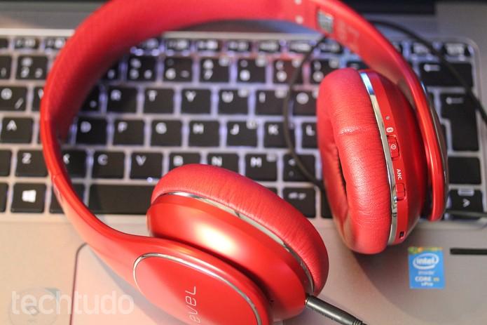fone de ouvido (Foto: Carol Danelli/TechTudo)