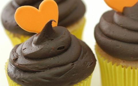 Faça com as crianças: cupcake de chocolate