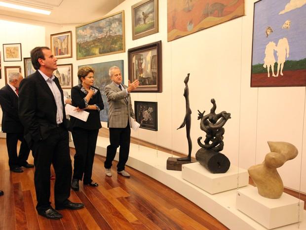Dilma Rousseff, ao lado de Eduardo Paes, visita o Museu de Arte do Rio de Janeiro (Foto: Beth Santos/ Prefeitura do Rio)