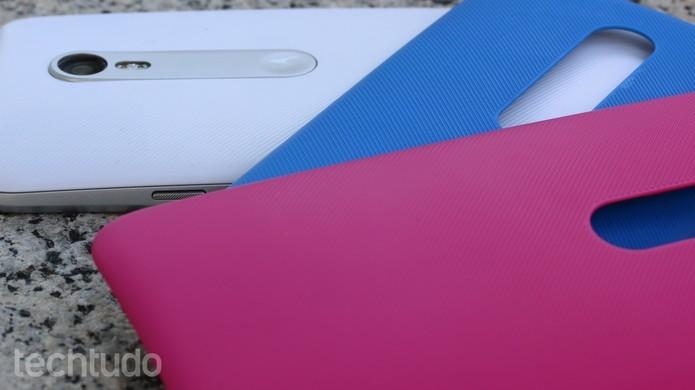 Moto G 3 vem com opções de personalizações do design (Foto: Luana Marfim/TechTudo)