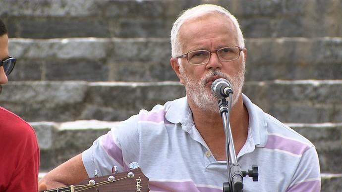 Roberto Mendes ressalta a importância da chula para o samba da Bahia (Foto: TV Bahia)