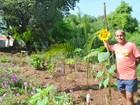 Porteiro de Piracicaba transforma terreno usado como lixão em jardim