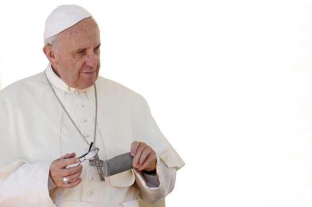 Papa Francisco durante a audiência semanal na Praça de São Pedro, no Vaticano (Foto: Giampiero Sposito/ Reuters)