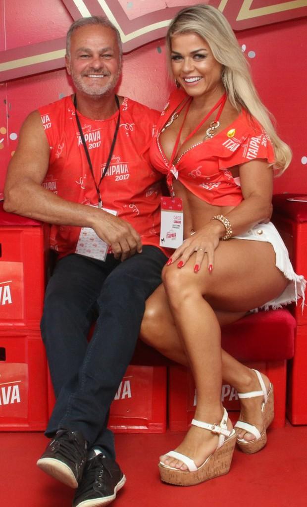 Kadu Moliterno com a mulher, Cristianne Rodriguez (Foto: Divulgação)