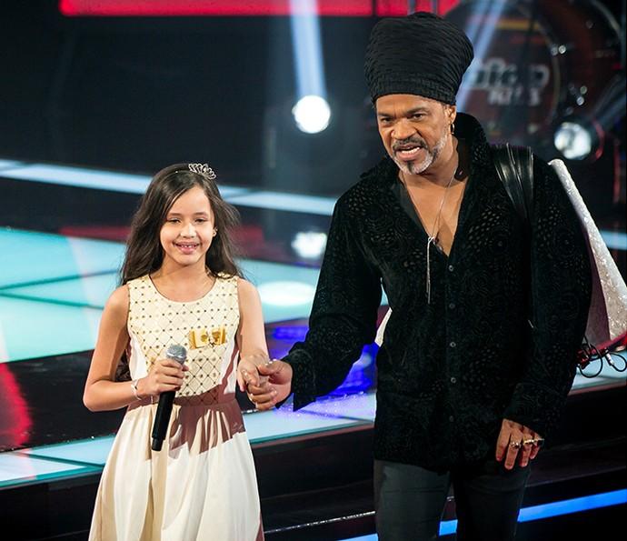 Carlinhos Brown recebe Laís Amaro na terceira tarde de Audições (Foto: Isabella Pinheiro/Gshow)