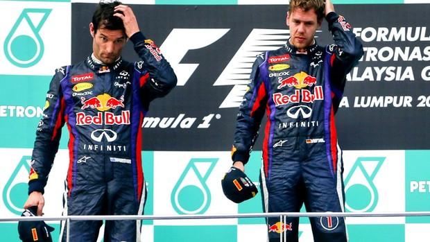 Mark Webber Sebastian Vettel RBR pódio GP Malásia Fórmula 1 2013 (Foto: Agência EFE)