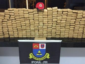 Droga era levada para Bauru (SP) (Foto: Divulgação/ PRE)