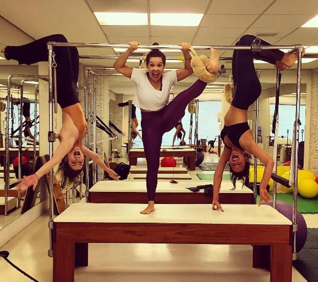 Julia Faria, Fernanda Souza e Bruna Marquezine (Foto: Reprodução/Instagram)